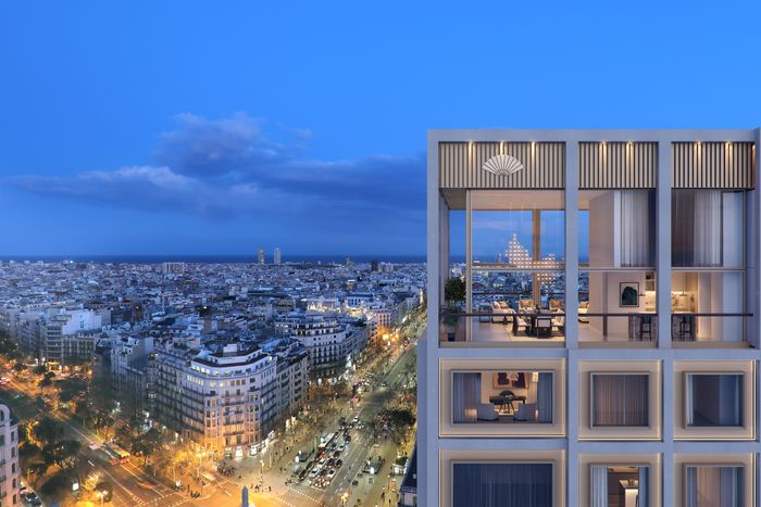 Should luxury apartment real estate invest more than ordinary houses in the same segment in the world?